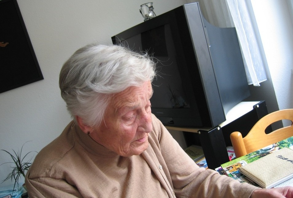 An elderly doing some activity